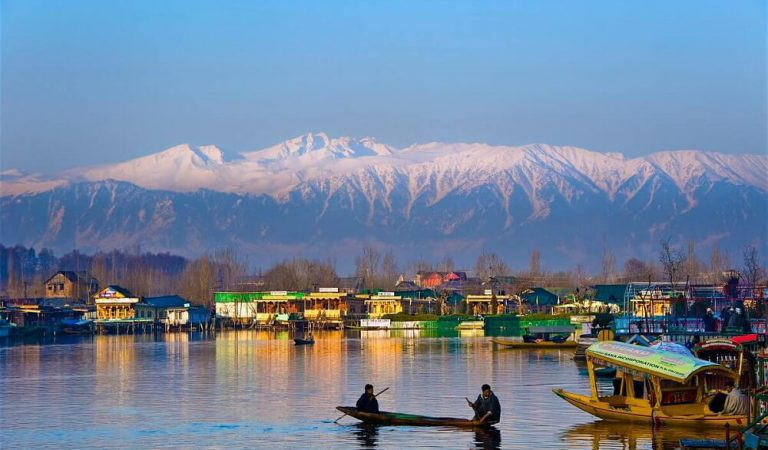 7 Reasons why Kashmir is called a Heaven